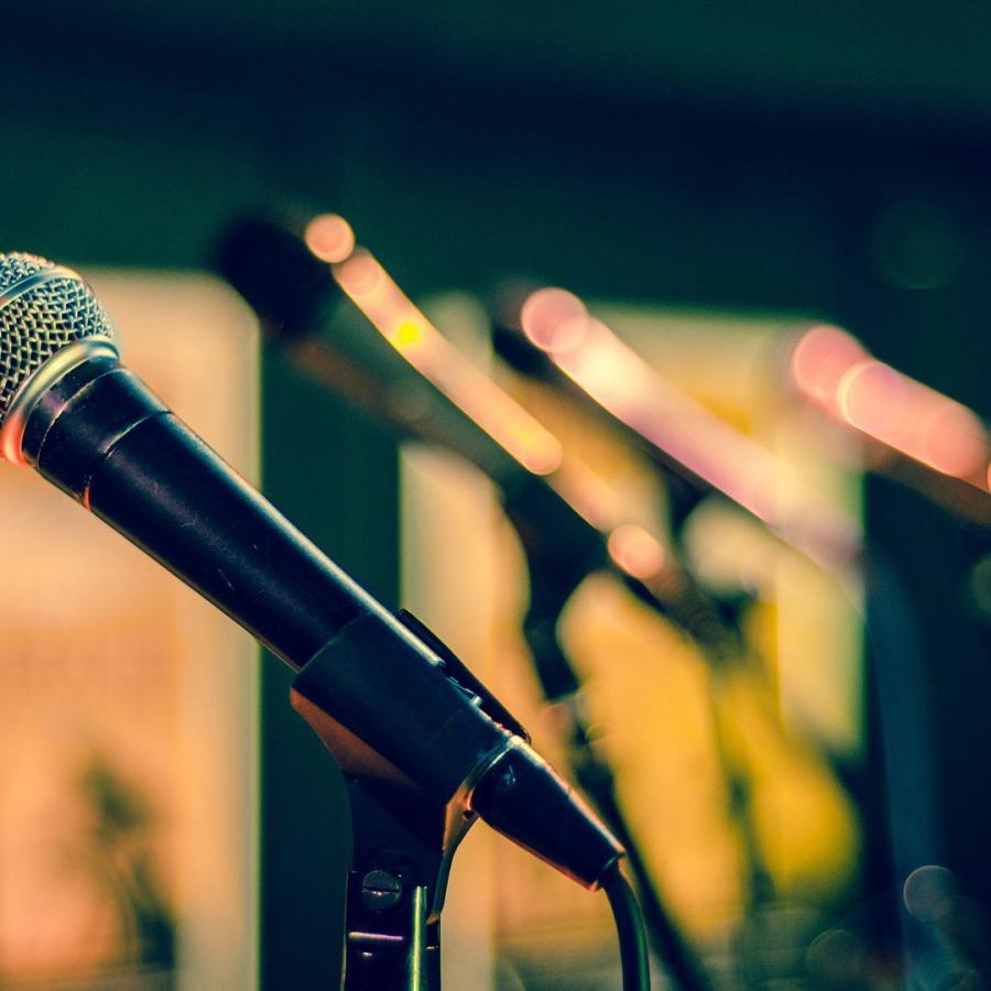 Shure, Sennheiser und AKG-Mikrofone mieten und leihen